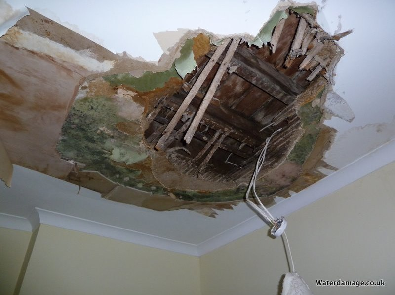 on in shows wall damaged it the damage see of here ceil water and cracking corner ceilings paint signs ceiling at bubbling you gyprock this to can